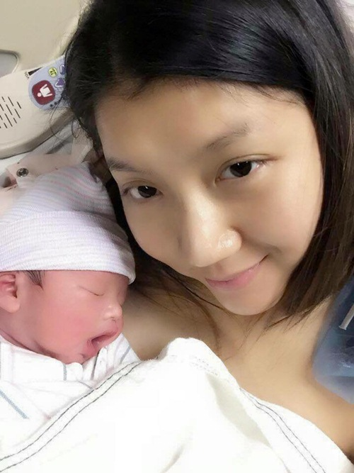 ngoc quyen da sinh con trai nang 3,1kg - 1