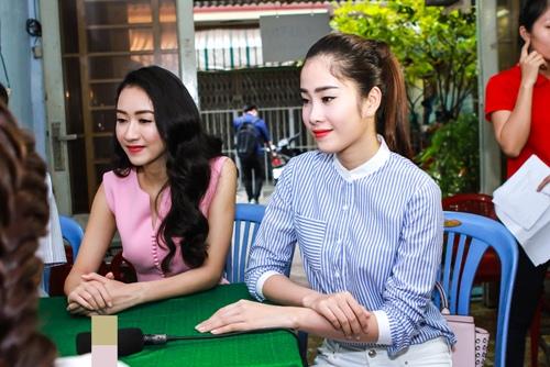 HH Thu Thảo, Hà Thu đến thăm nghệ sĩ Kim Cương-10