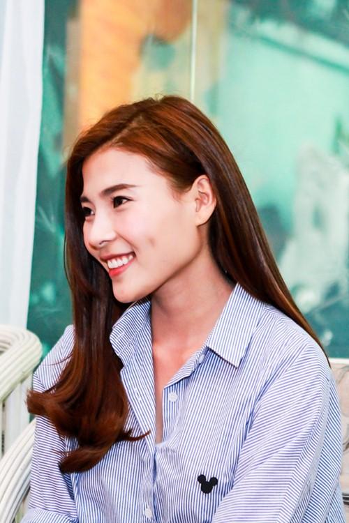 HH Thu Thảo, Hà Thu đến thăm nghệ sĩ Kim Cương-5