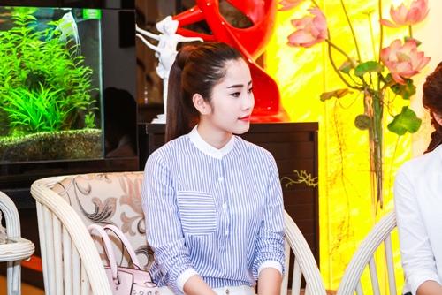HH Thu Thảo, Hà Thu đến thăm nghệ sĩ Kim Cương-6