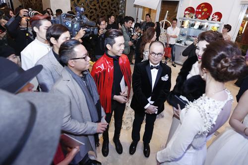 Hoa hậu Thu Thảo khiến Top 9 Project Runway ngẩn ngơ-5