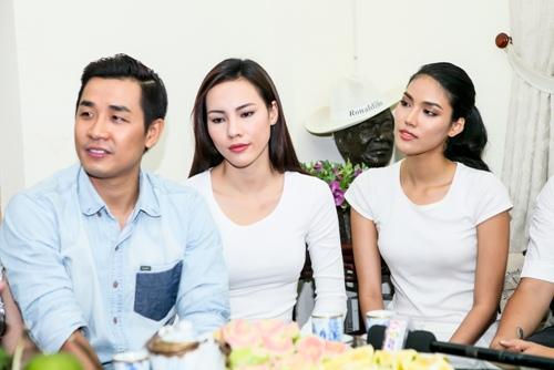 Lan Khuê, Thu Hoài, Nguyên Khang đến thăm nhạc sĩ Trần Hiếu-9
