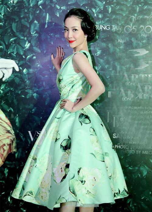 """Mặc váy xòe phồng không bị """"nuốt dáng"""" như Linh Nga-7"""
