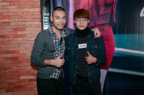 Doãn Tuấn tình cảm hôn Quỳnh Nga trong ngày ra mắt MV-14