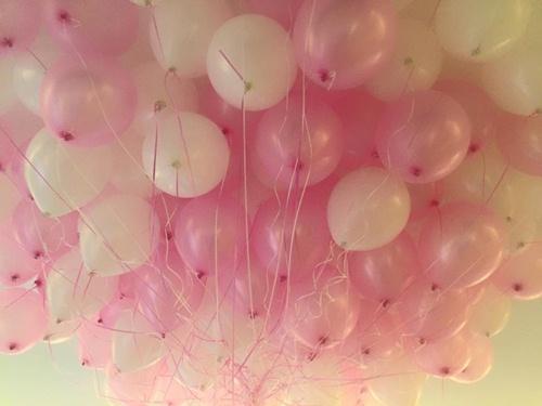 Con gái Thủy Tiên diện váy hồng đáng yêu ngày sinh nhật-5