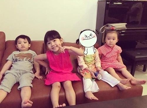 Con gái Thủy Tiên diện váy hồng đáng yêu ngày sinh nhật-11