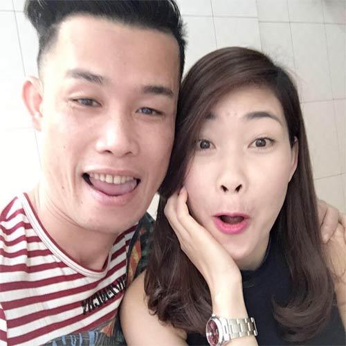 """lan khue duoc mc phan anh quy goi """"cau hon"""" - 4"""