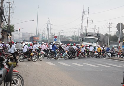long an: thuong tet cong nhan bang… 10 to pho - 1