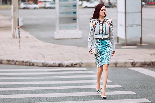 Dương Cẩm Lynh gợi ý chọn váy đẹp du xuân-17
