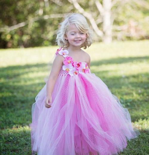 Cận cảnh chiếc váy mọi bà mẹ có con gái đều 'mê mẩn'-16