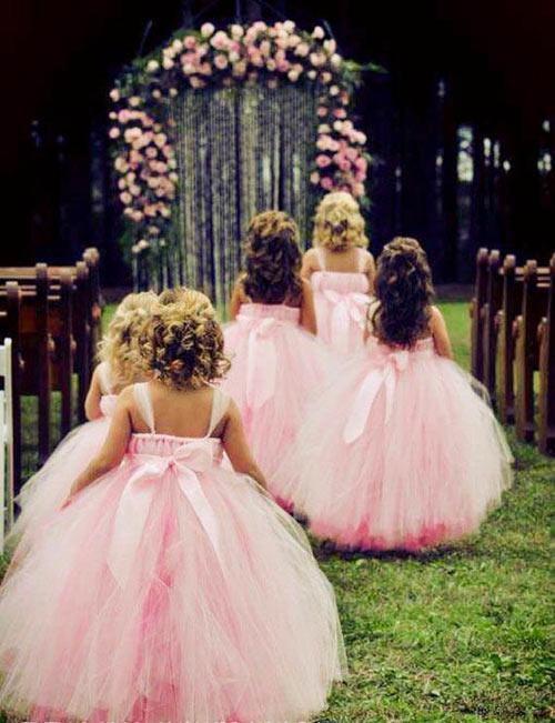 Cận cảnh chiếc váy mọi bà mẹ có con gái đều 'mê mẩn'-10