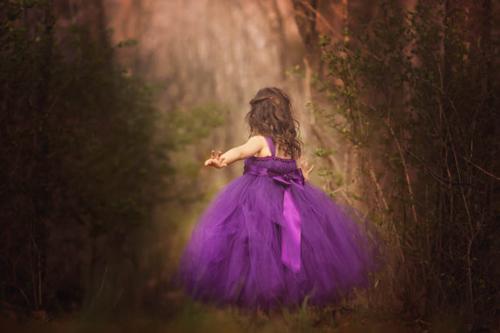 Cận cảnh chiếc váy mọi bà mẹ có con gái đều 'mê mẩn'-8