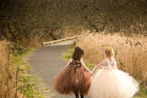 Cận cảnh chiếc váy mọi bà mẹ có con gái đều 'mê mẩn'-14