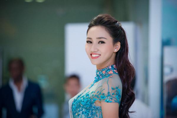 """nguoi dep """"noi got"""" pham huong thi hoa hau hoan vu 2016 - 7"""