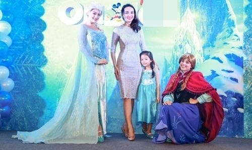 HH Ngọc Diễm lần đầu đưa con gái đi sự kiện-8