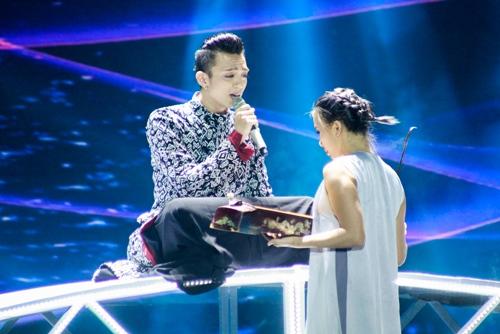 """the remix 2016: huong tram dan dau, noo phuoc thinh """"gay sot"""" - 3"""