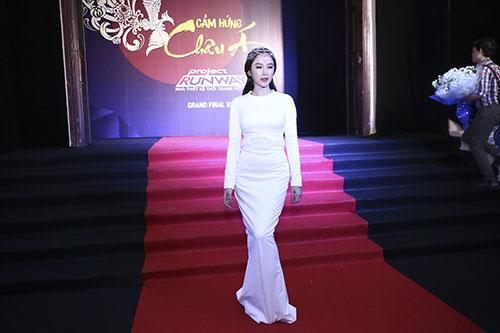 angela phuong trinh hoa nu than tai chung ket project runway - 5