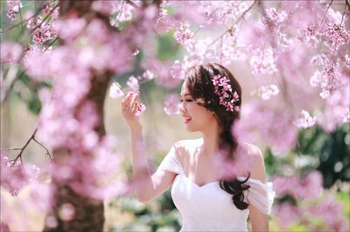 Đẹp mê hồn bộ ảnh cưới ngập tràn sắc hoa ngày xuân-11
