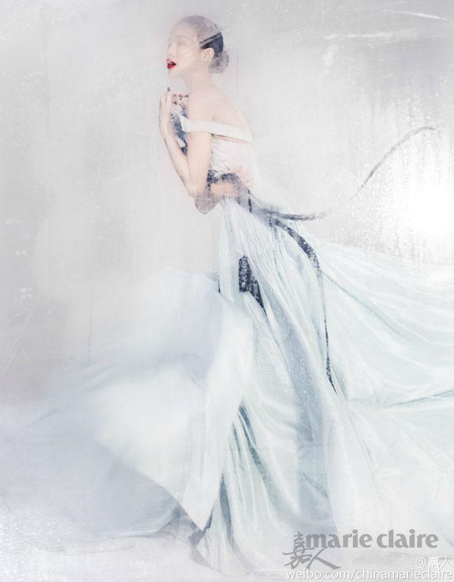 Thư Kỳ  & quot;đẹp như mơ & quot; trên bìa tạp chí