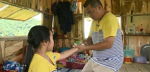 Những giây phút 'ngọt lịm tim' của bố con Minh Khang – Suti-3
