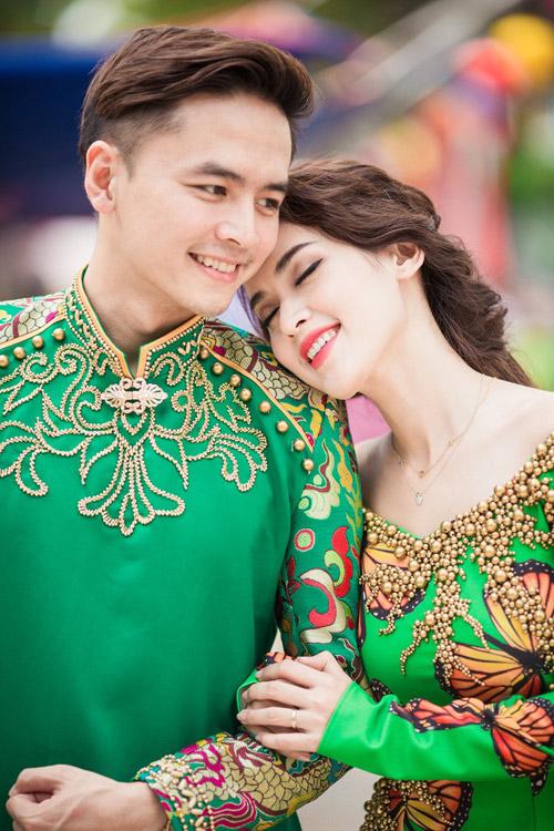 Tú Vi - Văn Anh diện áo dài ngọt ngào sánh đôi-5