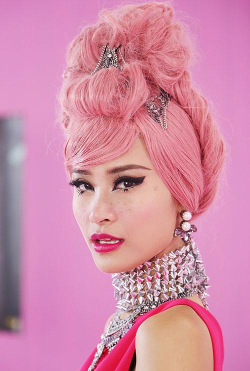"""Đông Nhi đầy cá tính với tóc hồng trong dự án """"Pink Girl""""-7"""