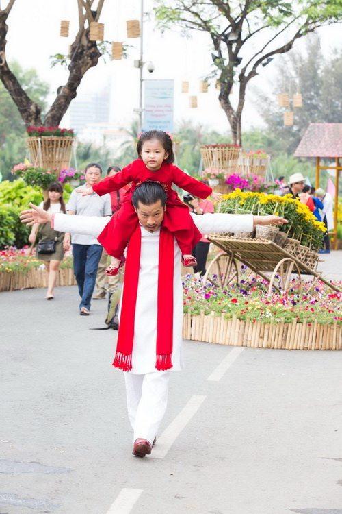 Hùng Cửu Long hạnh phúc khoe vợ mang bầu 3 tháng-10