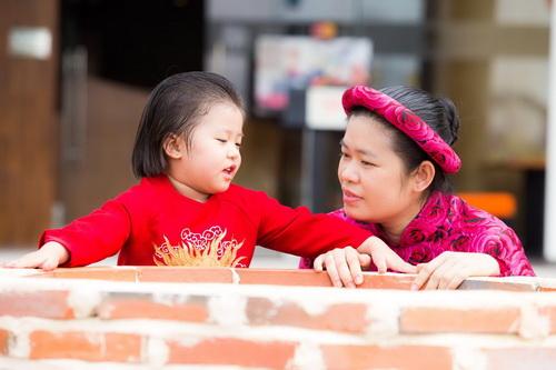Hùng Cửu Long hạnh phúc khoe vợ mang bầu 3 tháng-12