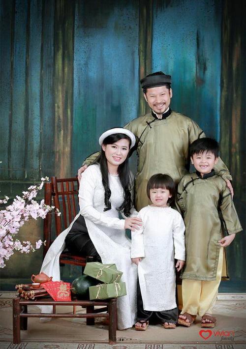 Hùng Cửu Long hạnh phúc khoe vợ mang bầu 3 tháng-16
