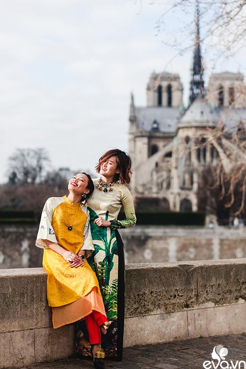 Nao lòng ngắm áo dài Việt tha thướt trên đường phố Paris-8