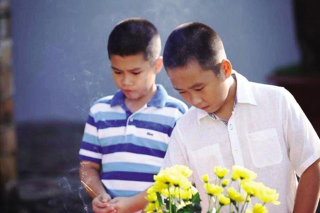 bi an sau su giong nhau la ky cua cac cap song sinh - 4