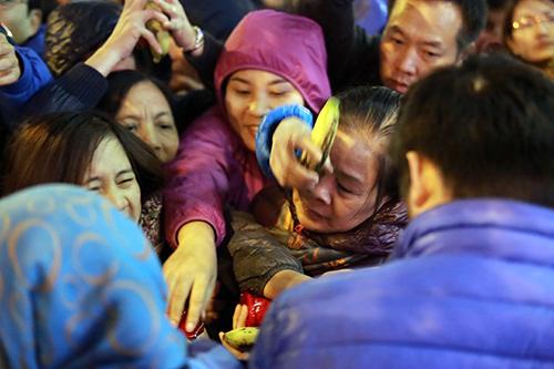 'bien nguoi' ngoi ngoai duong giai han sao xáu tai chua phuc khanh - 15