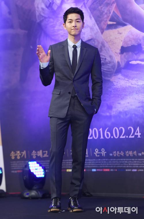 song hye kyo tang can, gia dan sanh doi cung trai tre - 4