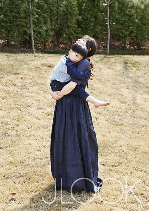 song hye kyo tang can, gia dan sanh doi cung trai tre - 11