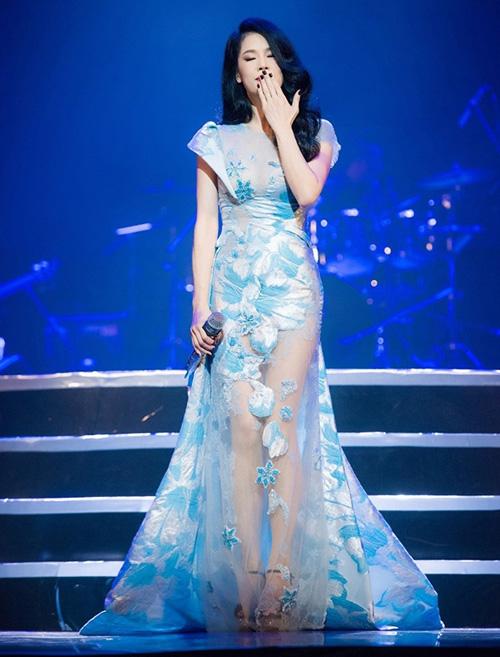 "tuan qua: thu phuong dep nhu nu than ""at via"" moi my nhan - 3"