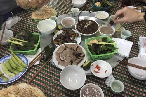 la ky chuyen dau nam an thit cho… cau may - 1