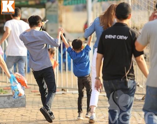 """hà hò - cuòng dola nám tay con trai giũa """"bão"""" scandal - 12"""