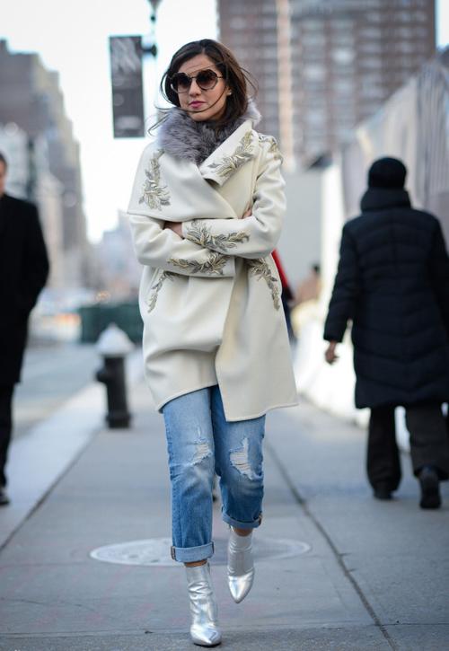 cach mac jeans cuc chat cho phai dep xu lanh - 19