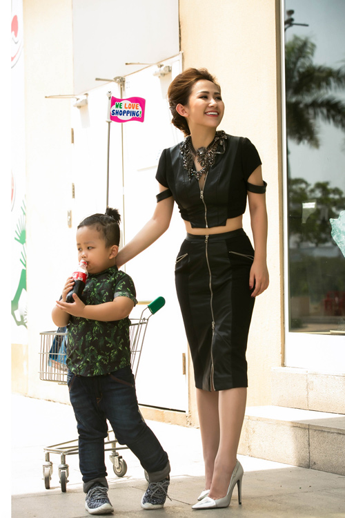tin do thoi trang viet khoe con trong anh street style - 11
