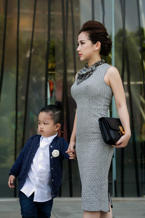 tin do thoi trang viet khoe con trong anh street style - 8