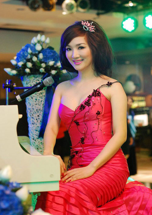 """nhung kieu toc giup hoa hau giang my """"cua sung"""" thanh cong - 11"""