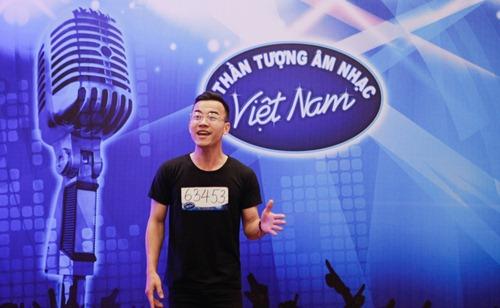 """trong hieu, huy tuan """"choang"""" vi thi sinh vn idol qua dong - 11"""