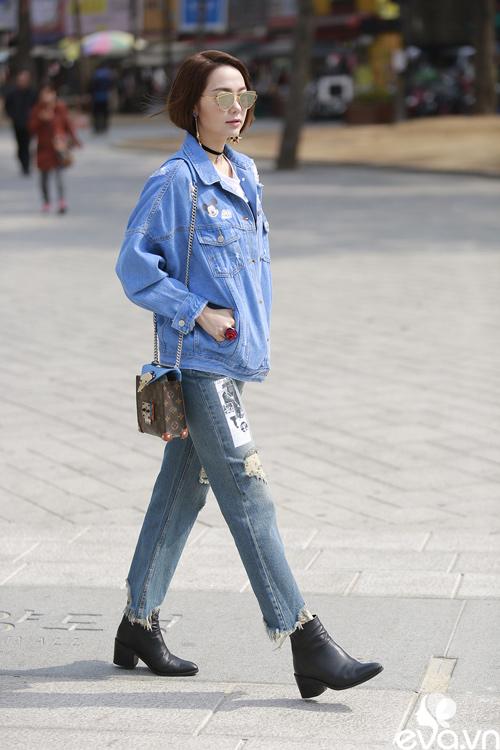 minh hang ngoi hang ghe dau tai seoul fashion week - 1