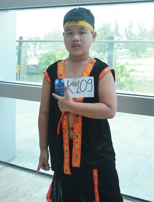 bich phuong bat ngo truoc giong hat thien phu cua cac be - 11