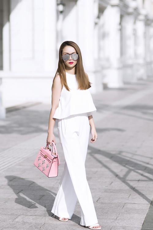 Nữ công sở mặc đẹp như Hà Tăng không hề khó!-13