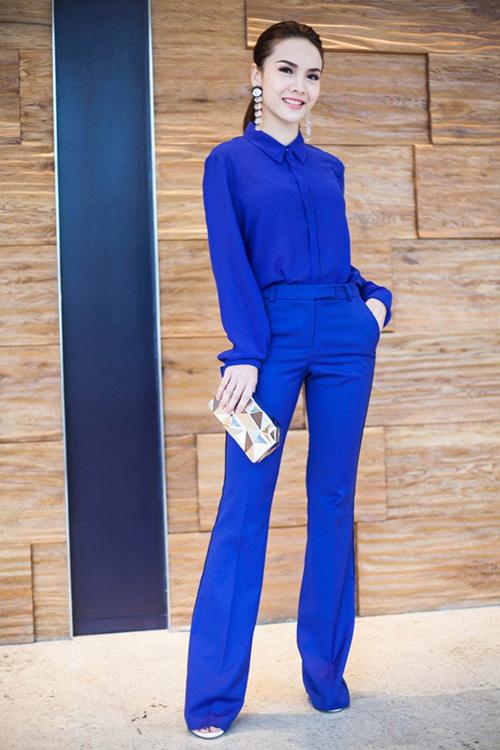 Nữ công sở mặc đẹp như Hà Tăng không hề khó!-11