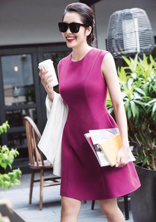 Nữ công sở mặc đẹp như Hà Tăng không hề khó!-1