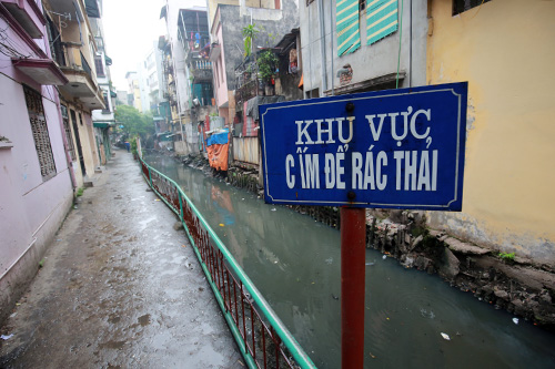 nguoi thu do 'ngat tho' song canh con muong 'chet' - 2