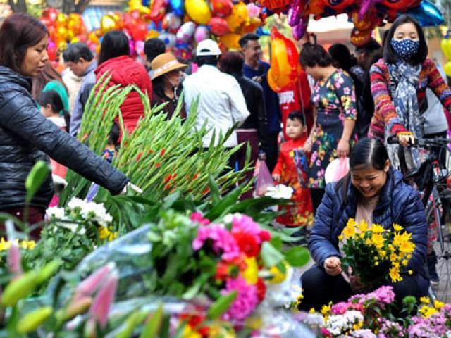 Độc đáo phiên chợ Tết một năm một lần ở giữa Thủ đô