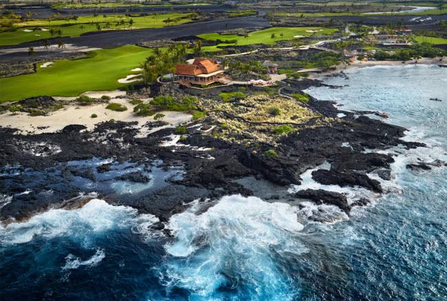 Có khoảng 8 triệu du khách tới quần đảo Hawaii mỗinăm, nhưng không nhiều người có cơ hội trải nghiệm thiên đường Kohanaiki, một CLB dành chotỷ phủ vàngười nổi tiếng trên đảo Big.